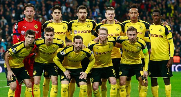 Zespół Borussia Dortmund. Zestaw piłkarski. Konkurs